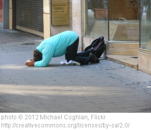 begging-for-a-payday-loan